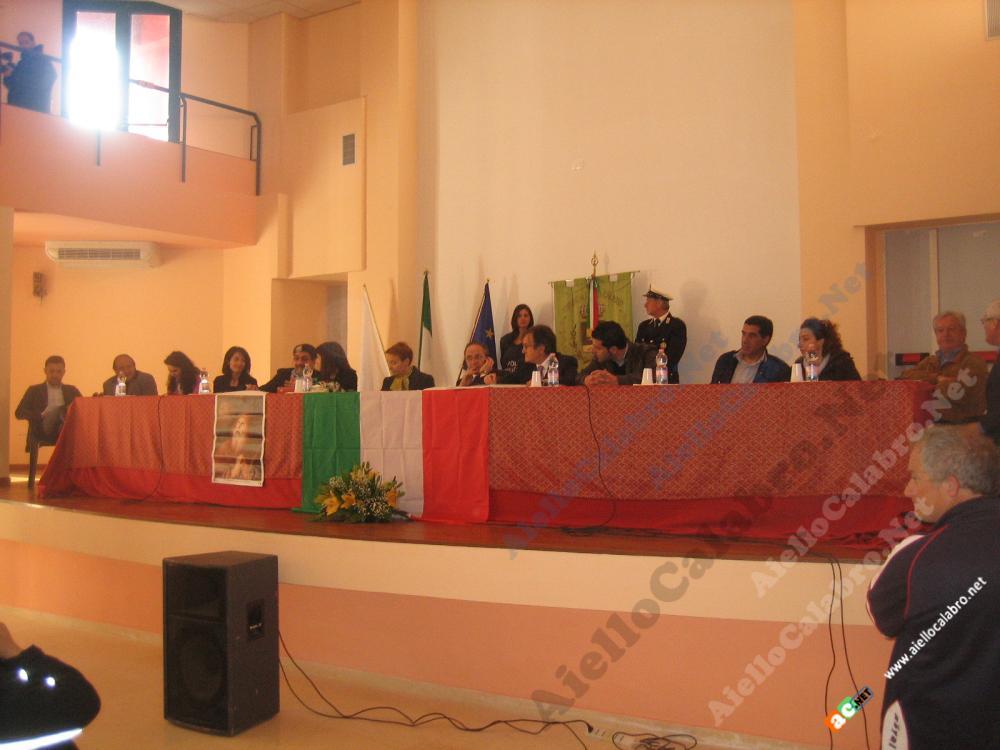 Thumbnail image for http://www.aiellocalabro.net/public/upload/gallerie/2012/03 29 - Consiglio Comunale aperto Frati Minimi San Francesco di Paola/IMG_7808.JPG